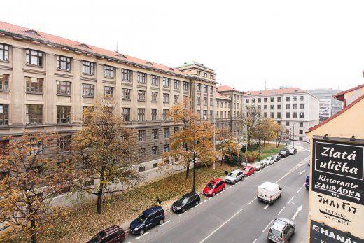 Parkování Klimentská ulice