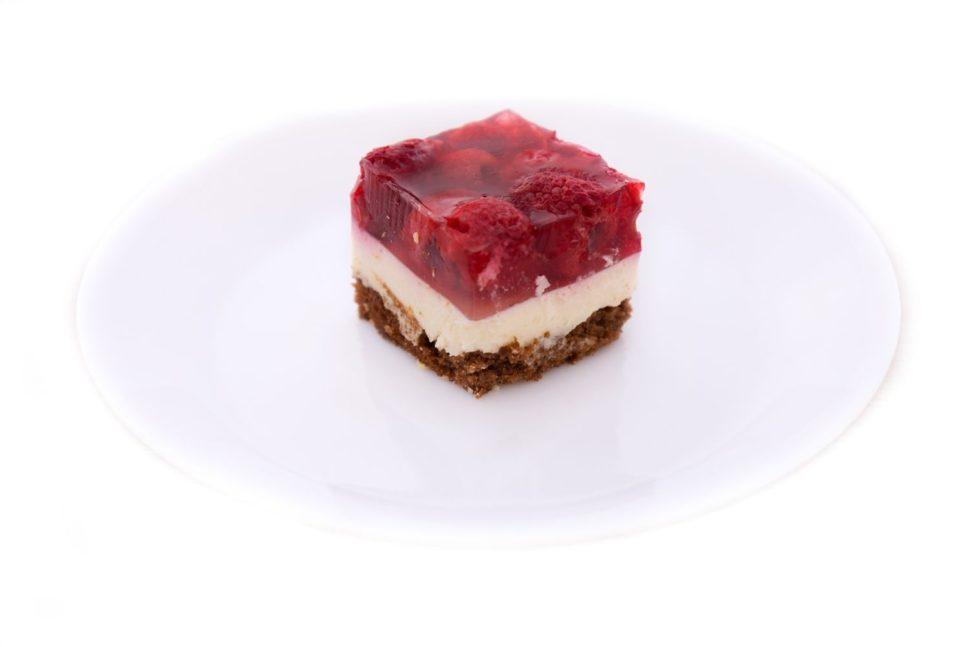 Svěží ovocný koláč sovocem